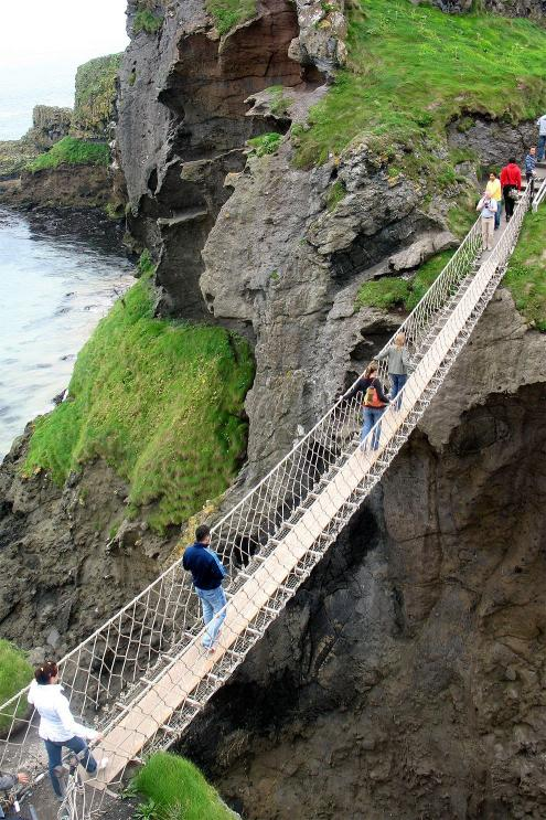 Most Carrick-a-rede zeshora