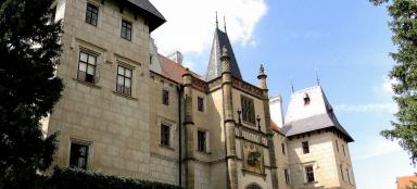 A tour of the Žleby chateau