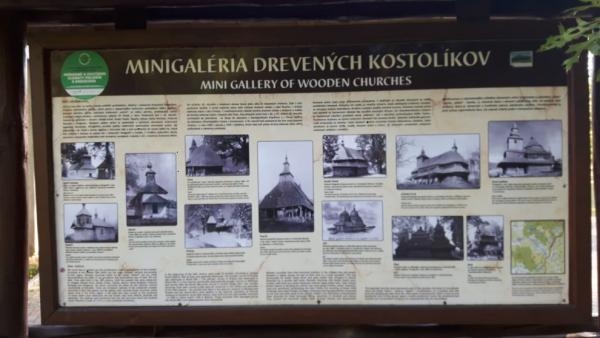 Gallery of miniatures of wooden churches