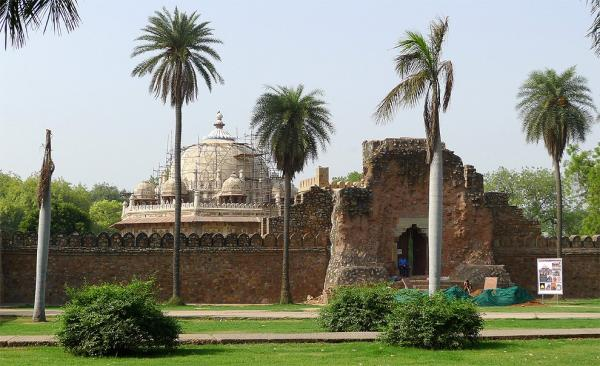 In front of Isa Khan Tomb