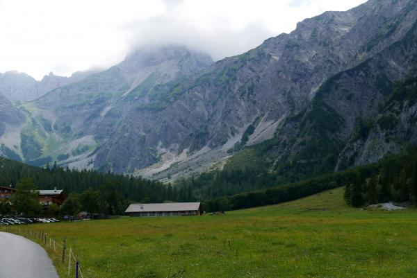 The end of the Falzthurntal valley