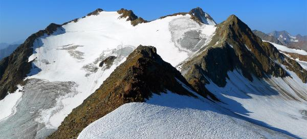 Ascent to Saykogel from the east