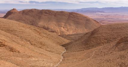 Hike above the gorge of Todra